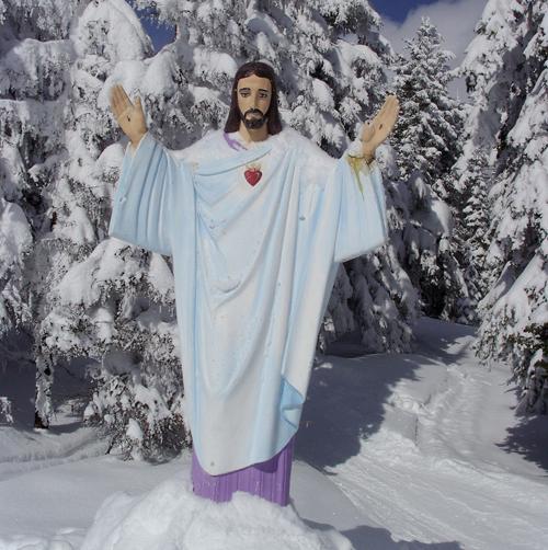 Montana Jesus statue
