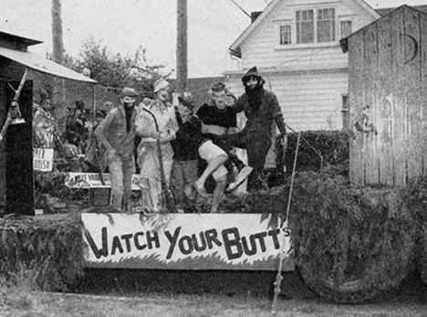 1952 parade float