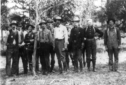 Pinchot with some of the faithful, aka, a timber marking group on the Yellowstone Forest Reserve in 1906.