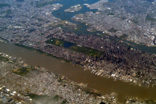 New York City as seen from the air, 2011. The green rectangle is Central Park, with ball fields at the left, or northern, end. (Courtesy of the author)